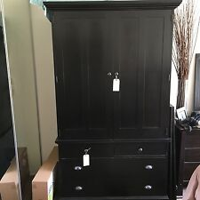 ARMOIRE/ENTERTAINMENT