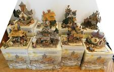 Lot of 8 Boyds Bearly-Built Villages Figurines