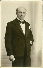 Gentleman 'Ralph' 1927 by J Games, 64 Lower Clapton Road.   BG.811