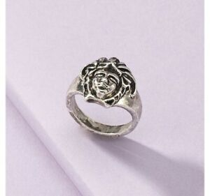 Luxury Face Ring Size 7
