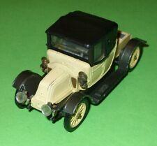 Corgi Classics / 9032 1910 Renault 12/16