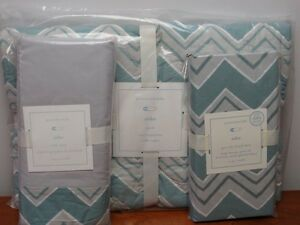 NWT Pottery Barn Kids/Baby Soho Nursery Bedding ~Quilt, Crib Skirt & Crib Sheets