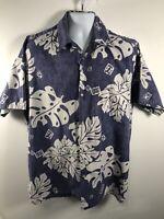 Go Barefoot Men's  Blue & White Floral Short Sleeve, Hawaiian Shirt. Size XLT