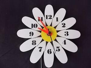 Vintage Mod Daisy Wall Clock Ingraham Electric Mid Century Modern
