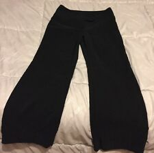 Womens size 7 IZ BYER dress pants, black pinstripe