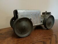 Vintage Antique 1920s ANIMATE TOY WIND UP TIN FARM TRACTOR For Part Restoration!