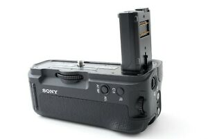 SONY VG-C2EM Vertical Grip (for a7II/a7RII/a7SII cameras) #803584