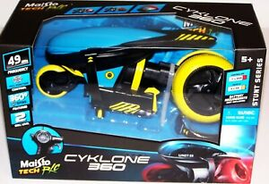 Maisto Tech R/C Cyklone 360 Stunt Series 49MHZ 360* Spins Battery Operated NIB