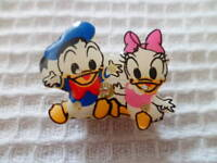 Disney Baby Donald & Daisy Duck Pin w/Giftbox NOS Fun Novelty Gift Jewelry