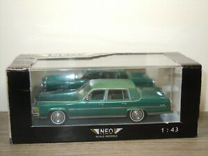 Cadillac Fleetwood Brougham - Neo Scale Models 1:43 in Box *52265