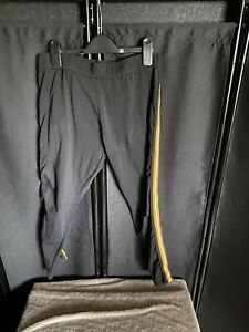 NEW LOOK BLACK FITNESS CROPPED LEGGINGS WITH YELLOW SIDE STRIPE SIZE 18