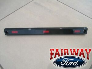 17 thru 21 Super Duty OEM Ford Dually DRW Center Rear Red Marker Lamp NEW