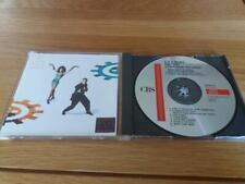 C & C MUSIC FACTORY  GONNA MAKE YOU SWEAT ( 1990 )