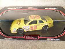1992 Racing Champions 1:24 Diecast NASCAR Bobby Hamilton Country Time Oldsmobile