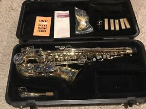 Selmer Bundy II USA Alto Saxophone Case Mouthpiece Neck Strap