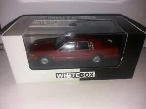 Lincoln Town Car - 1996 1:43  White Box