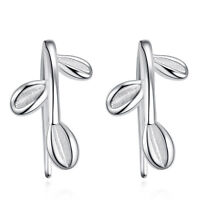 New products Fashion jewelry 925 silver Classic earrings Leaves ear hooks gift