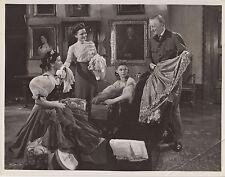 """Ernest Thesiger / Lilli Palmer (Pressefoto '46) - in """"Ungeduld des Herzens"""""""