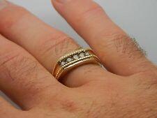 Caballeros punto 10K oro amarillo de 40 Quilates Diamante Anillo Tamaño V para hombre