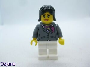 LEGO MINIFIGURE CTY0195 CITY TOWN FEMALE DARK BLUISH GREY JACKET MAGENTA SCARF