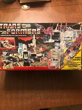 Metroplex w/box Base 1986 Vintage Hasbro G1 Transformers