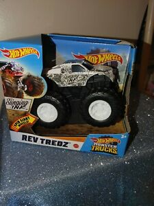 HOT WHEELS MONSTER JAM TRUCKS REV TREDZ SLINGING INK 1:43, NEW