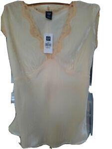 Gap ladies top in Silk/Viscose/Rayon
