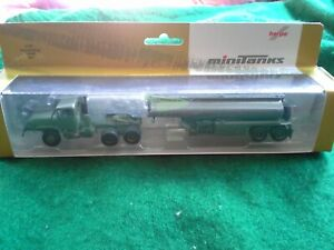 HERPA MiniTanks 1/87 HO Scale Military M931 Semi Tractor w/ Tank Trailer 744492