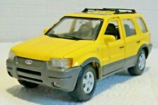 FORD Escape Maverick Limited ARGENTO 2000-2007 1//24 Welly Auto Modello o con...