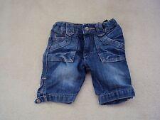 Azul de bebé de niña a la rodilla Demin Pantalones Cortos Edad 12-18 meses desde H&M