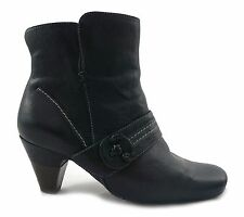 CLARKS Black leather casual ankle boots size 6 E  39 *lovely condition*
