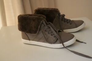 MARKS AND SPENCER FAUX FUR TRIM BOOTS SIZE 6 NEW