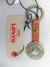 NEW LEVIS THUMBS UP TAN LEATHER KEY FOB 77173-0761