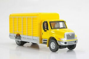 HO Walthers Roll-Up-Side Delivery Truck, Yellow Excellent Condition