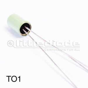 AC113 Transistor Germanium - CASE: TO1 MAKE: Germanium