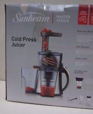 Sunbeam JE9000 Slow Juicer: Stainless Steel