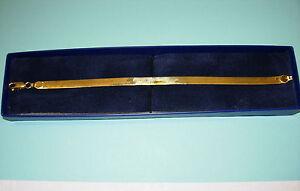 "18KT Yellow Gold 8"" Herringbone Bracelet w/Lobster Claw Clasp 7.3 Grams"
