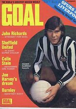 MALCOLM MACDONALD NEWCASTLE / SHEFFIELD TEAM JOHN RICHARDSGoal 221Nov25 1972