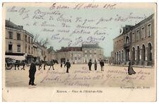 CPA 53 - EVRON (Mayenne) - Place de l'Hôtel de Ville - Ed. Lemeunier