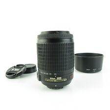 Nikon AF-S DX Nikkor 55-200mm 1.4-5.6G ED VR Objektiv lens + hood und caps