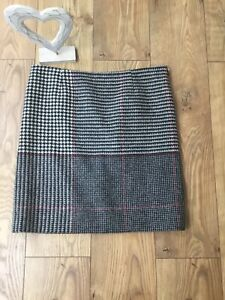 Hobbs Ladies Tweed Red, Black White Check Skirt Size 16