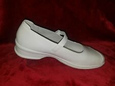 NEW PROPET Women's White Leather  Mary Jane US 9.5 M Barely Worn, EUC,