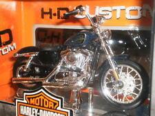 HARLEY DAVIDSON 2012 XL 1200V SEVENTY-TWO MAISTO 1/18