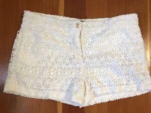 Zara Women's White Lace Short Summer Lined Shorts Size Large