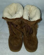 Women's Vintage brown fur winter snow mukluk boots sz 9 very cute