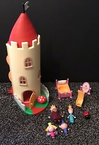 Ben And Holly Little Kingdom Thistle Castle with Action Toy Figures