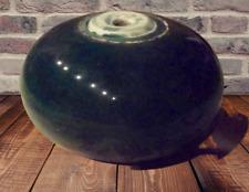 Ancienne Ornement Boule Cylindrique Aplatie terre cuite vernissé vert Vintage