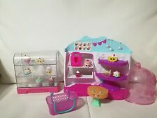 Shopkins Cupcake Queen Cafe Food Fair  Exclusive 1 Cake Box Bakery with extra