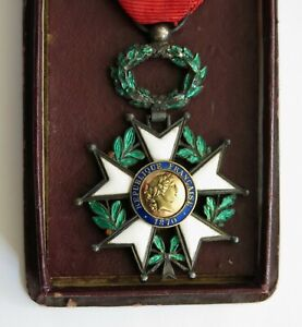HONNEUR ET  PATRIE, très belle légion d'honneur 1870, argent, médaille ancienne