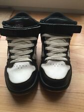 Nike BlacK And White Trainers Size 6